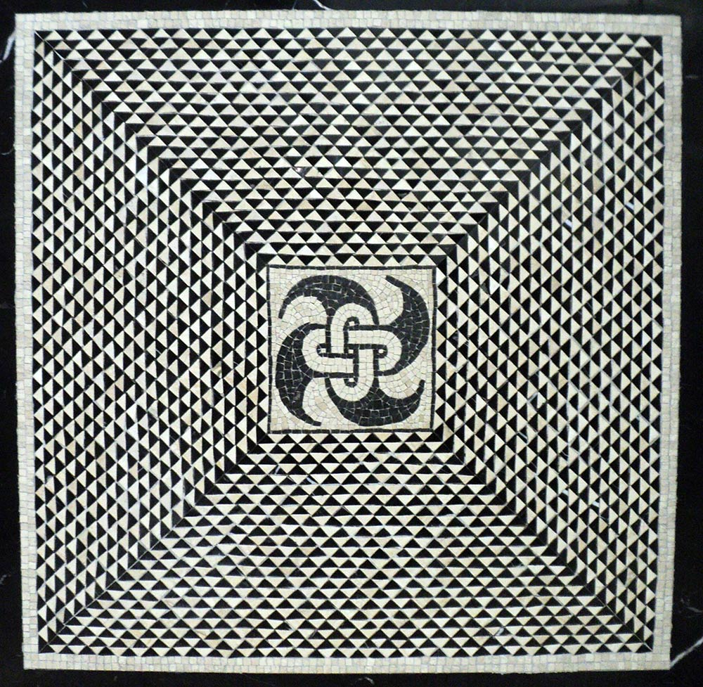 mosaico geometrico romano bianco e nero