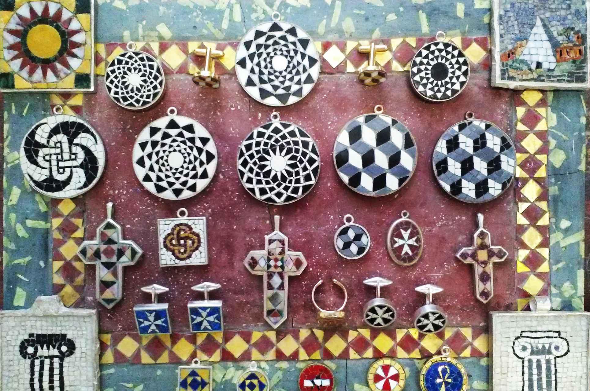 ciondoli anelli gemelli in mosaico